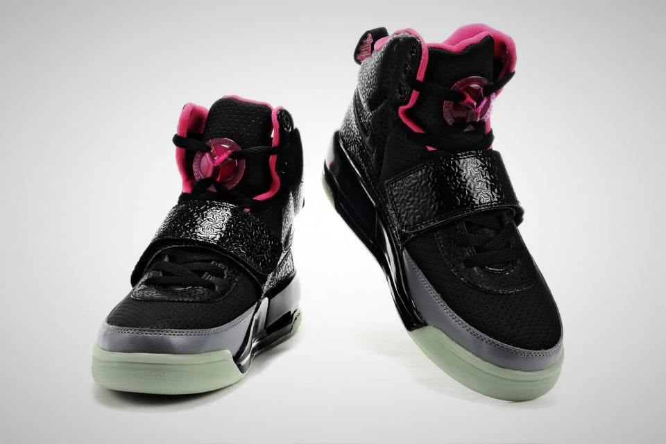 Nike Air Yeezy Large Photo