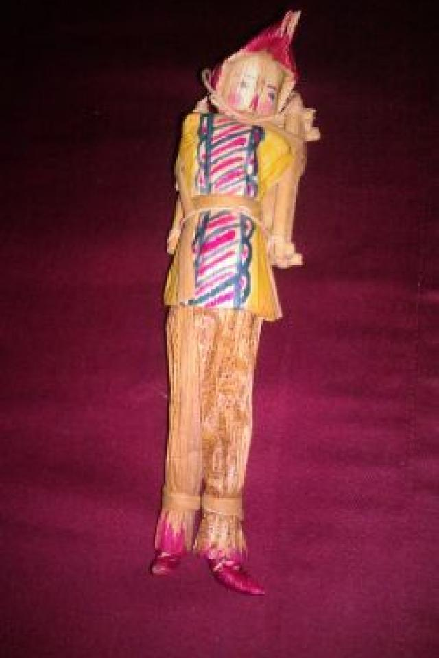 RARE/VINTAGE CORN HUSK FOLK ART DOLL!!!  Large Photo