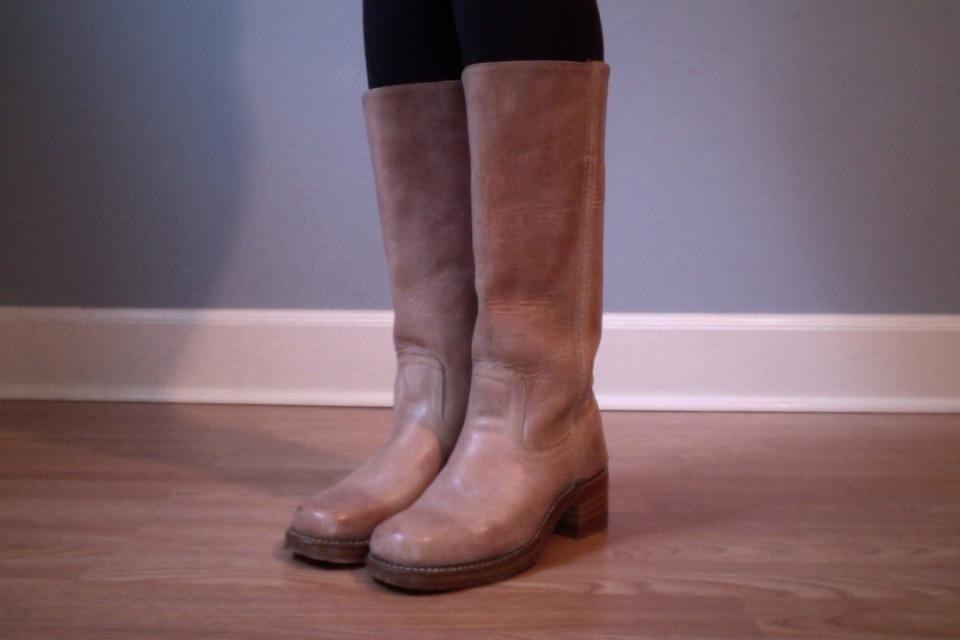 Adorable Frye Boots size 6.5 Large Photo