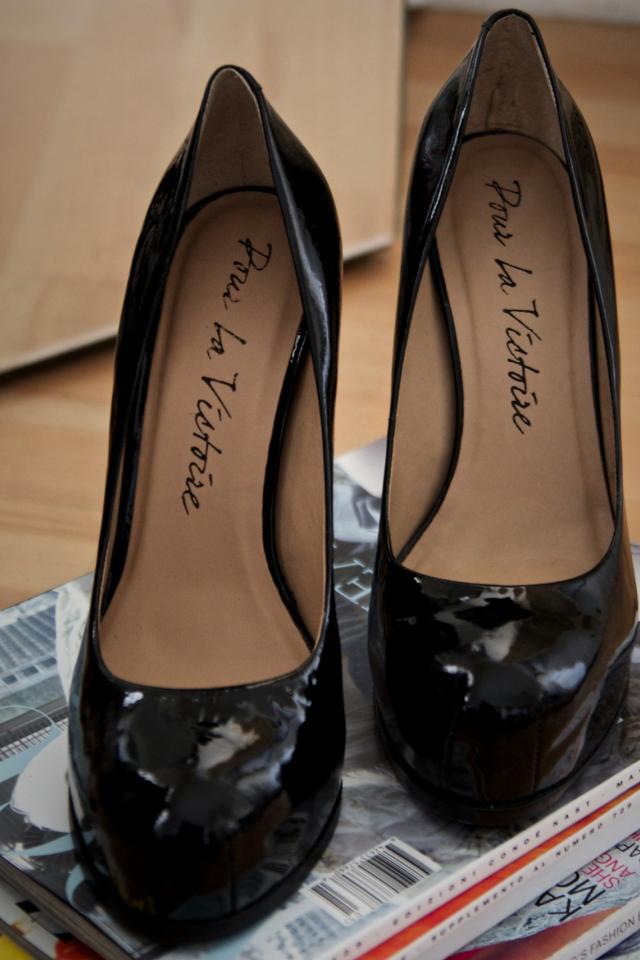 Pour La Victoire Black Patent Leather Pumps - Size 10 Photo