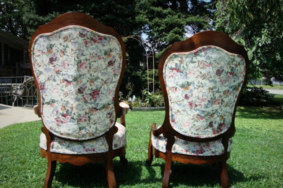 VICTORIAN HIS & HER CHAIRS 1850 ERA  Large Photo