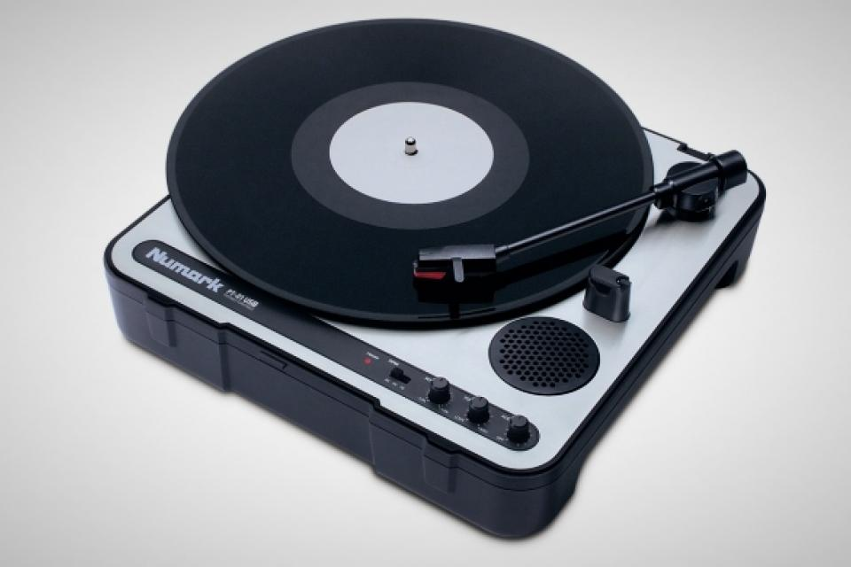 Numark PT-01 USB Turntable Large Photo