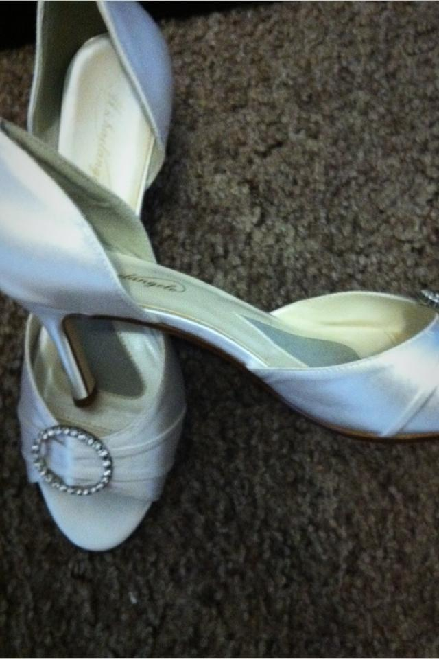 Size 9 Michael Angelo wedding shoes Large Photo