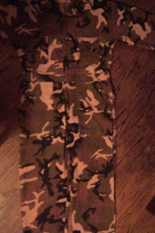 CAMOFLOUGE HUNTING OUTFIT BRAND NEW WINCHESTER Photo