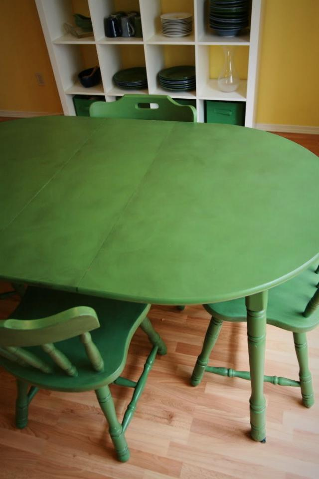 Happy GREEN Table and Chairs Large Photo