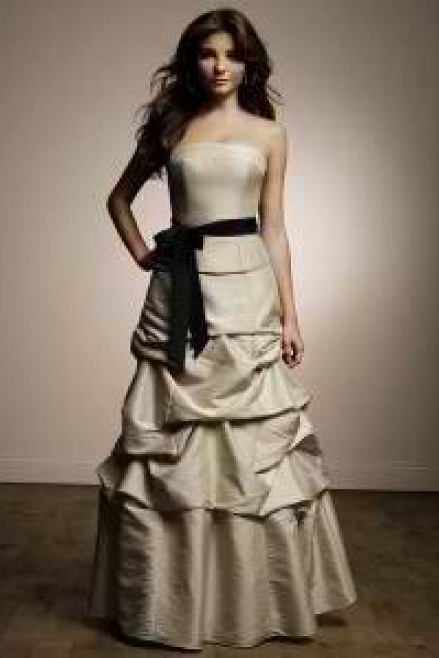Royal Blue brides maids dress. size 18w, 12, 12, 14,14, 4, & 2 Photo
