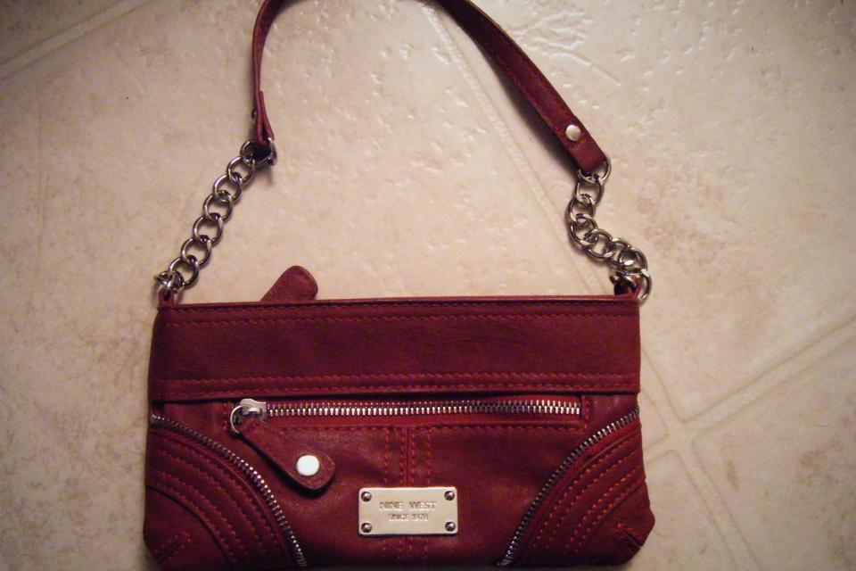 Red Nine West small purse Large Photo
