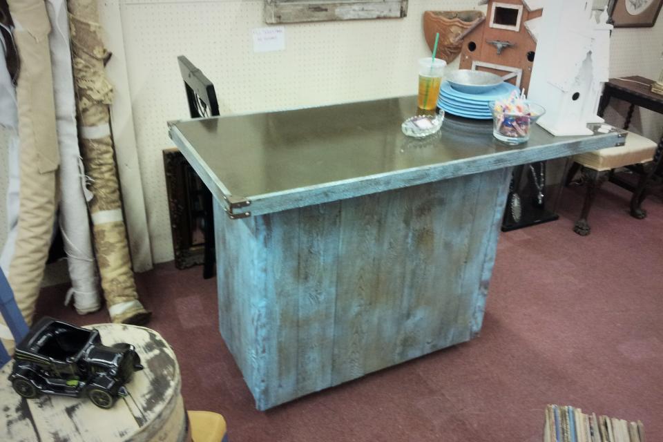 Reclaimed Cedar Wood Patio Bar Large Photo