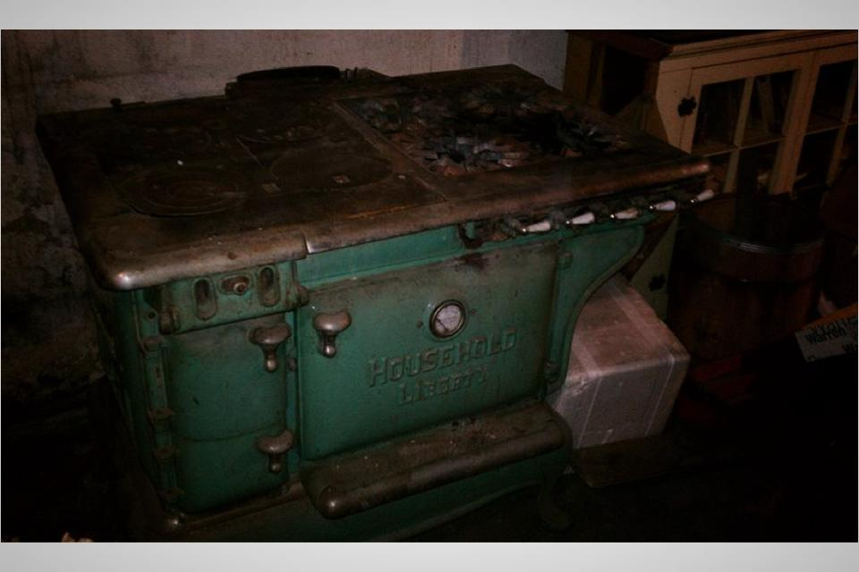 Antique oven. Make offer Large Photo