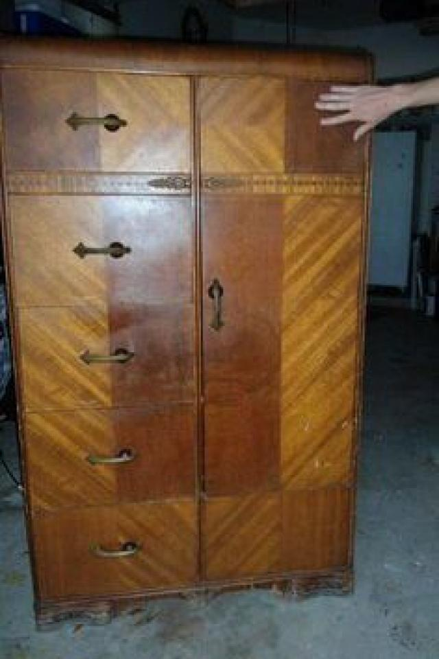 1920's Wardrobe / Armoir Large Photo