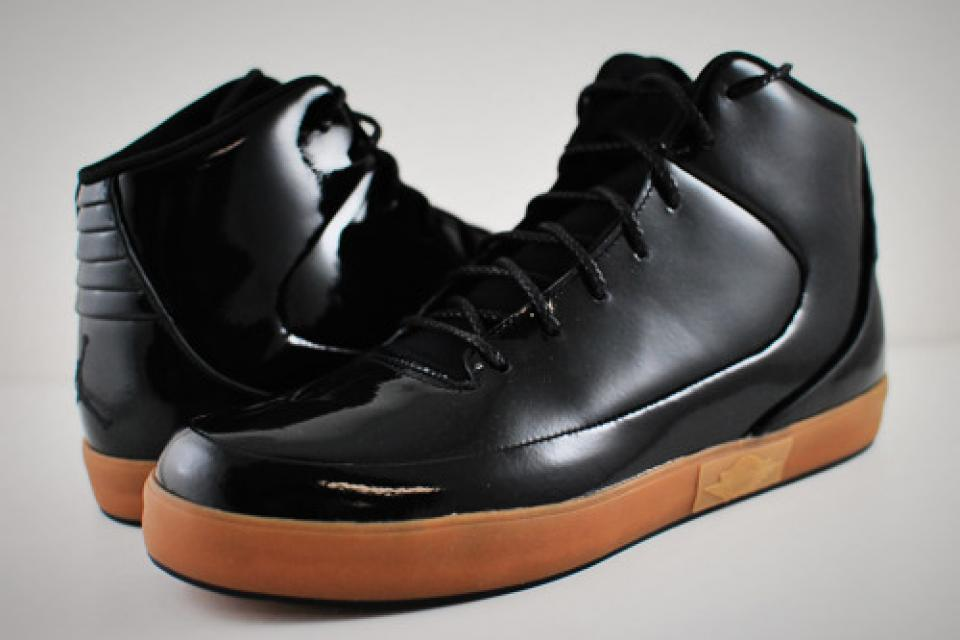 BRAND NEW Nike Air Jordan Grown V.9 - Men's Size 11 Shoe Large Photo