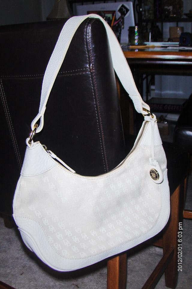 Authentic Dooney & Bourke Creme Leather Shoulder Hand bag Or Best Offer! Photo