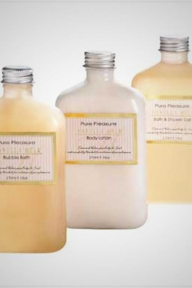 Vanilla Milk Bath Set Photo