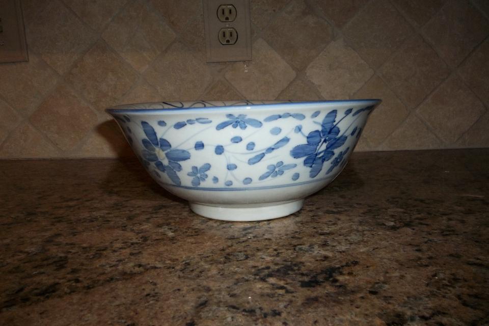 Beautiful Asia Design Bowl Large Photo