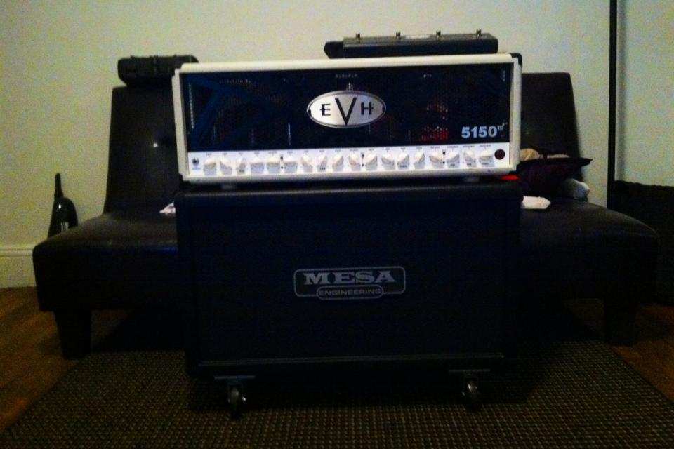 Almost BRAND NEW 'EVH 5150-3' 100W (HEAD+CABINET) Large Photo