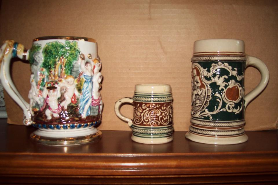 3 antique Beer Steins Large Photo