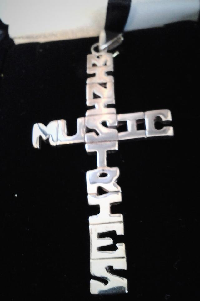 MUSIC MINISTRY CROSS Photo