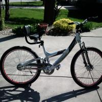 CADILLAC LUXURY SPORT AV8.OI BIKE Photo