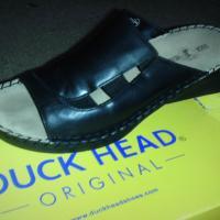 duck head sandal Photo