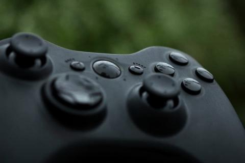 Black Custom Xbox 360 controller Photo