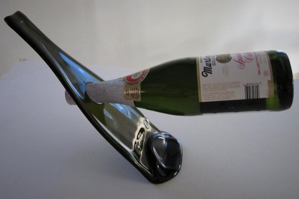 Slumped Glass (GO GREEN) Balancing Wine Bottle Holder/Rack Large Photo
