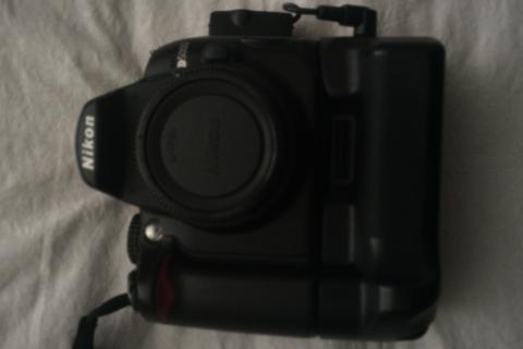 Nikon D5000 +  Photo