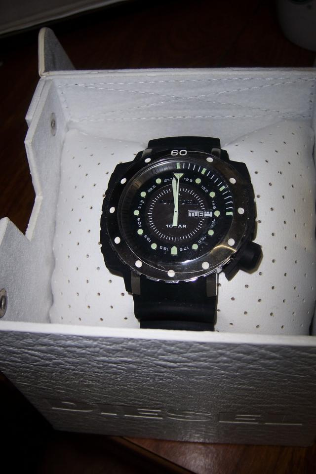 DIESEL WATCH BRAND NEW Large Photo