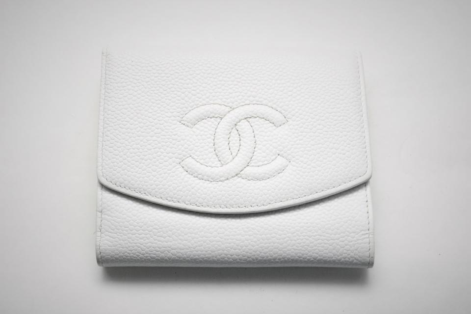 Chanel White Caviar Leather French Purse Wallet Large Photo