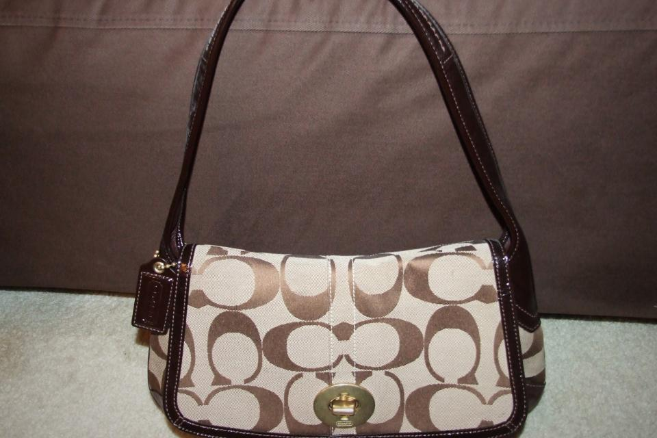 NWT COACH ERGO SIGNATURE FLAP Large Photo
