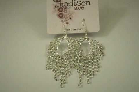 FASHION RHINESTONE EARRINGS Photo
