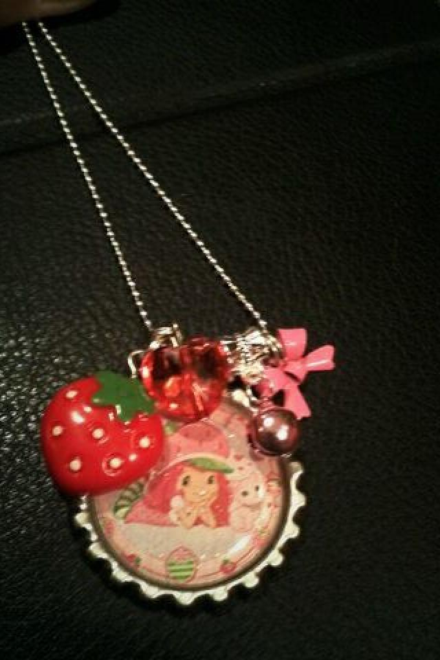 Strawberry Shortcake Bottlecap Necklace w/Charm Photo