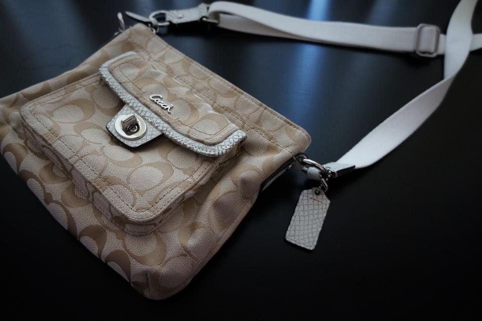 Coach purse  Large Photo