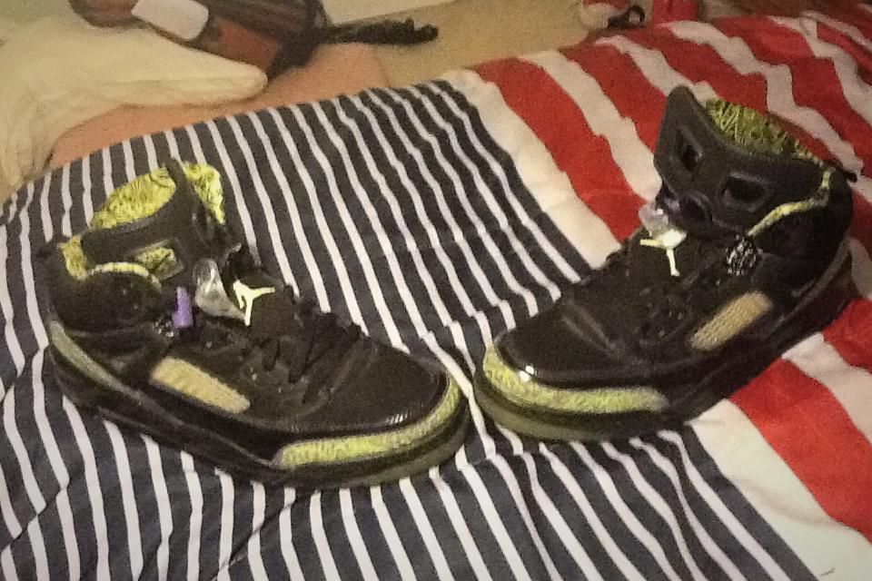 Jordan spizikes size 12  Large Photo
