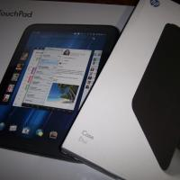 HP TOUCHPAD 32GB RUNNING OS AND ANDROID WITH CASE FOR SALE Photo