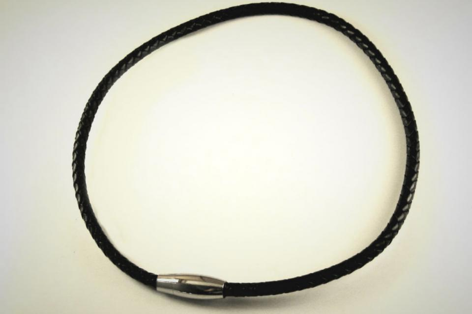 LEATHER SS NECKLACE Large Photo