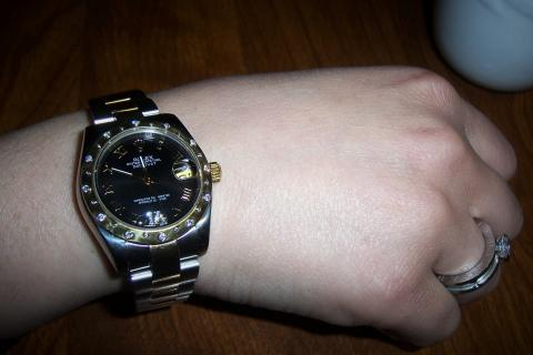 ROLEX LADIES DATEJUST TWO TONE GLD/SS W/DIAMONDS U