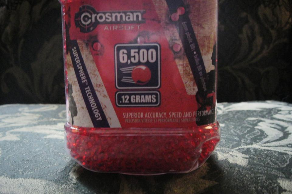 Airsoft ammo .12 Gram bbs red Large Photo