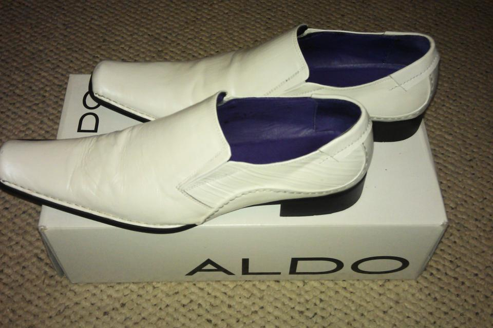 ALDO Men's White Dress Casual Club Shoes Loafers size 9 or 42D  Large Photo
