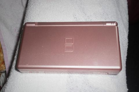 Pink Nintendo DSLite Photo