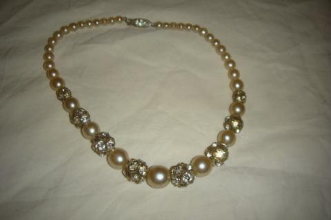 Vintage pearl necklace  Photo