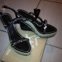Like new size 6 Christian louboutin  Photo