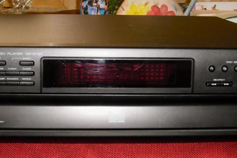Kenwood DP-R791 5CD compact Disc Changer Photo