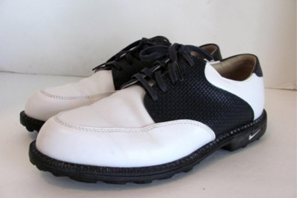 BRAND NEW Nike Air Golf Shoes Saddle Oxford Bella Last Women 9.5 Large Photo