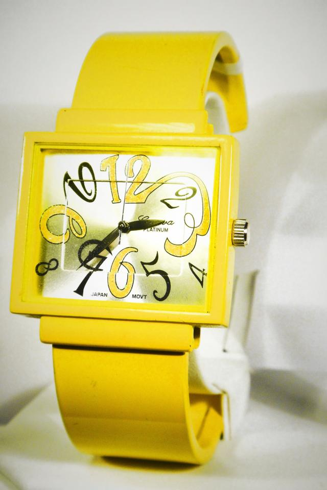 Yellow Fashion Cuff Watch Large Photo