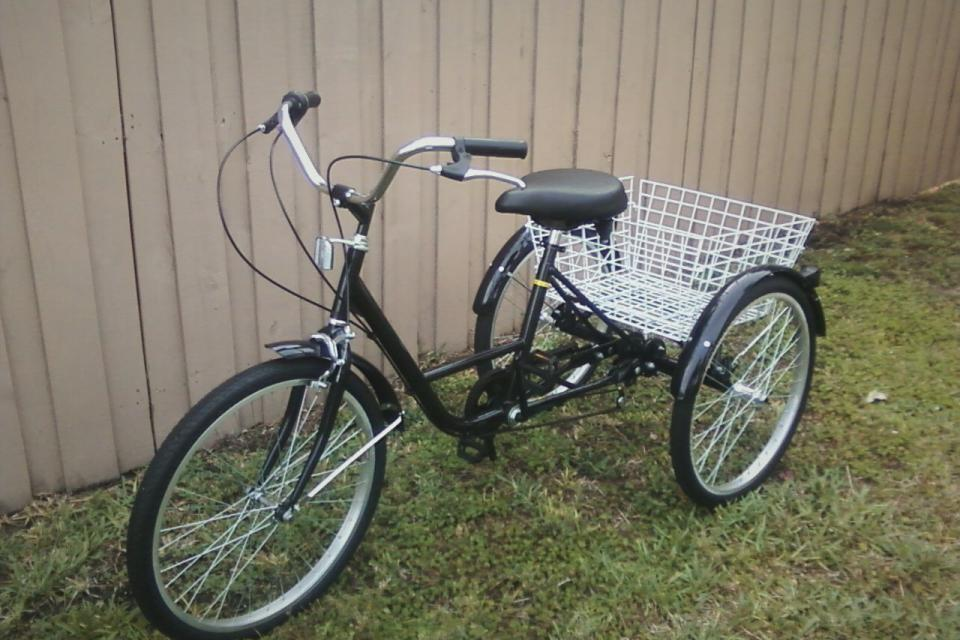 ~ Adult Trike ~ New Condition Large Photo