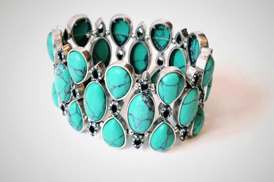 Turquoise and Crystal Stretch Bracelet Large Photo