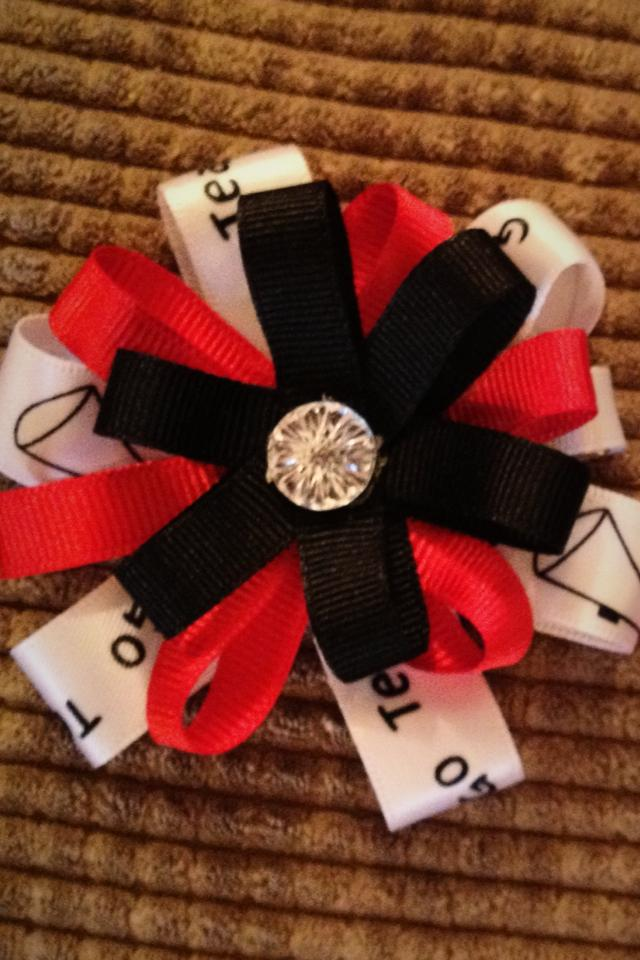 Cheerleader go team hair bow/clip Photo
