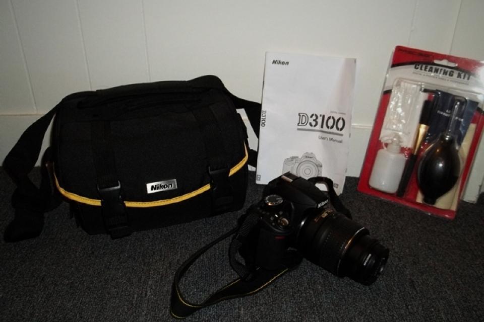 Nikon D3100 Large Photo