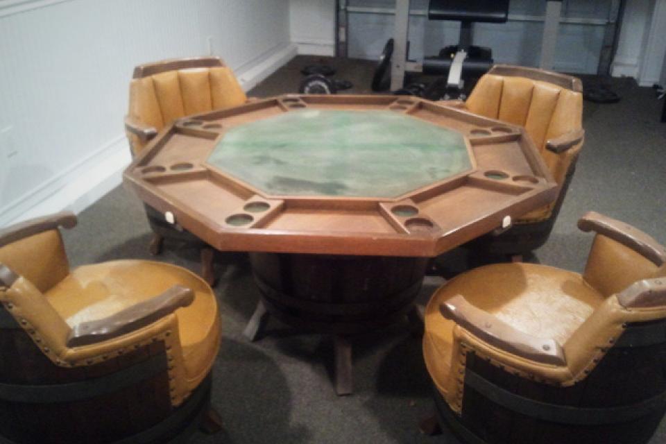 Whiskey Barrel Poker Table Antique+Barrel+Chairsfor+Sale Whiskey barrel poker table with 4 ...