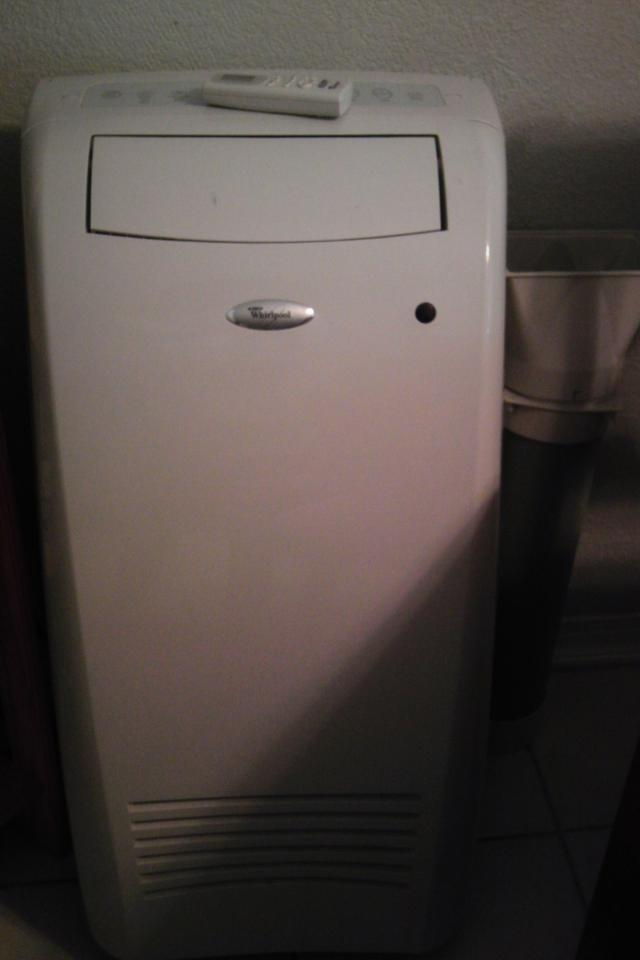 Whirlpool portable A/C unit Photo